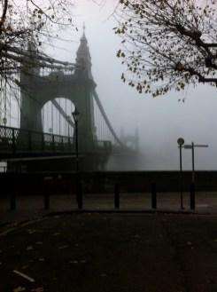 Hammersmith Bridge, Fog