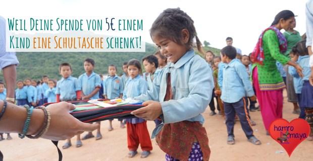 5 Euro spenden und einem Kind eine Schultasche schenken.