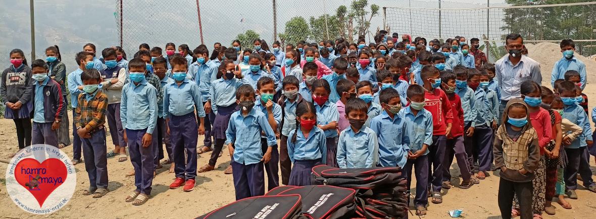Eine Schultasche für jedes Kind 13 - Sindhupalchowk
