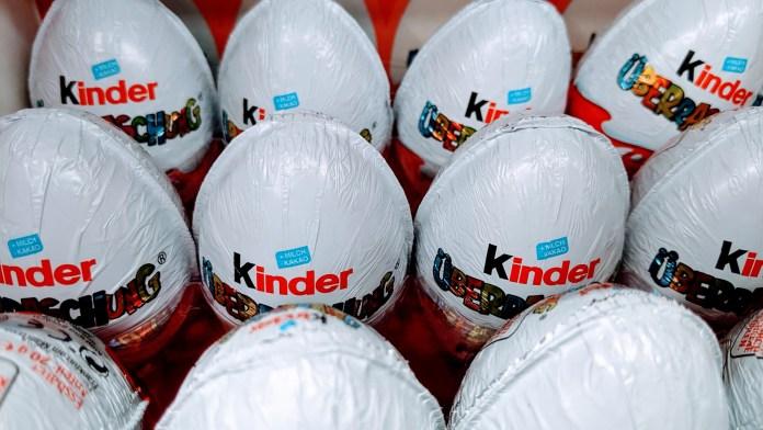 Ferrero: Kinder Weihnachtspullis gewinnen - Kassenbon hochladen