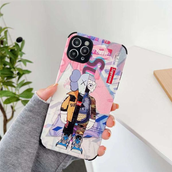 supreme カウズ iphone13/12 ケース ピンク iphone13pro max ケース かっこいい 女 スマホケース 12mini/11pro おもしろ アイフォンxs/7/8カバー 頑丈 可愛い