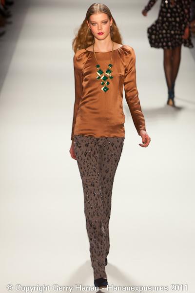 Mercedes-Benz New York Fashion Week Rebecca Taylor Fall 2011 (32)