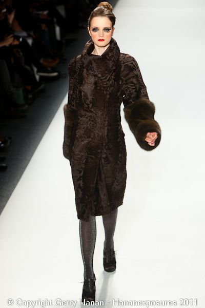 Mercedes Benz 2011 New York Fashion Week Hananexposures Veneziana Fall 2011 (24)