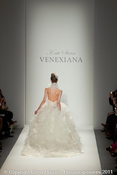 Mercedes Benz 2011 New York Fashion Week Hananexposures Veneziana Fall 2011 (79)