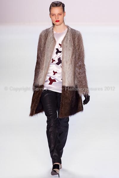 Narciso Rodriguez - Fall/Winter 2012 - Mercedes-Benz New York Fashion Week