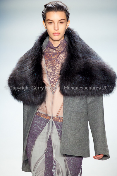 Vera Wang - Fall/Winter 2012 - Mercedes-Benz New York Fashion Week