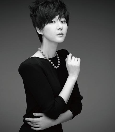 Yeom Jeong Ah Shows Short Cut Hair Charismatic