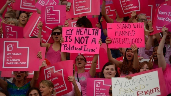 content_womany_content_womany_planned_parenthood_rally_1443505617_18311_5969_1450779675-18964-7967