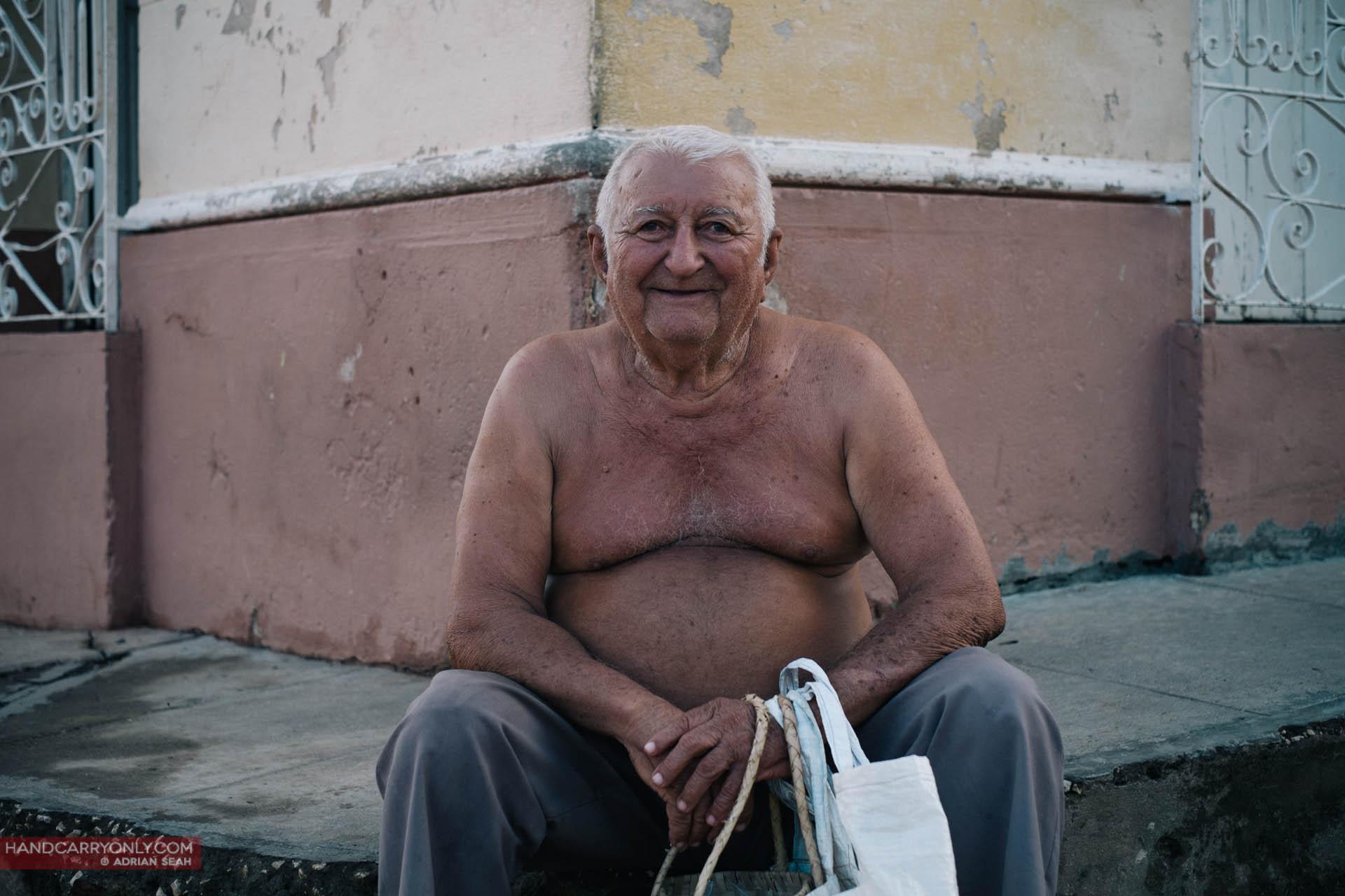 friendly old man trinidad cuba