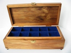Royal blue felt lined dividers & lift out tray