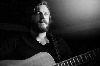 Cancer Jam 2016: Eric Pulido (Midlake, Banquet) // Photo by Discover Denton