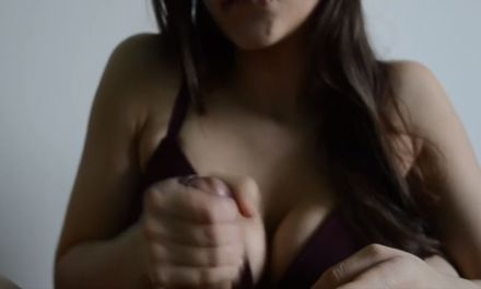 Hot babe changes the speed of the handjob