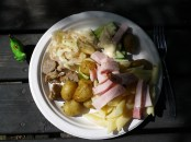 Yummy! Krautsalat und kleine Kartoffeln