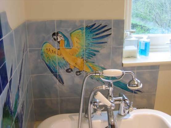 Parrots bathroom tiles 2