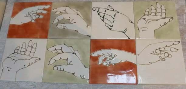 hands single tiles