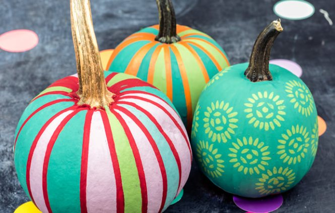 Make This Molded Mini Clay Pumpkins Diy Paper And Sch