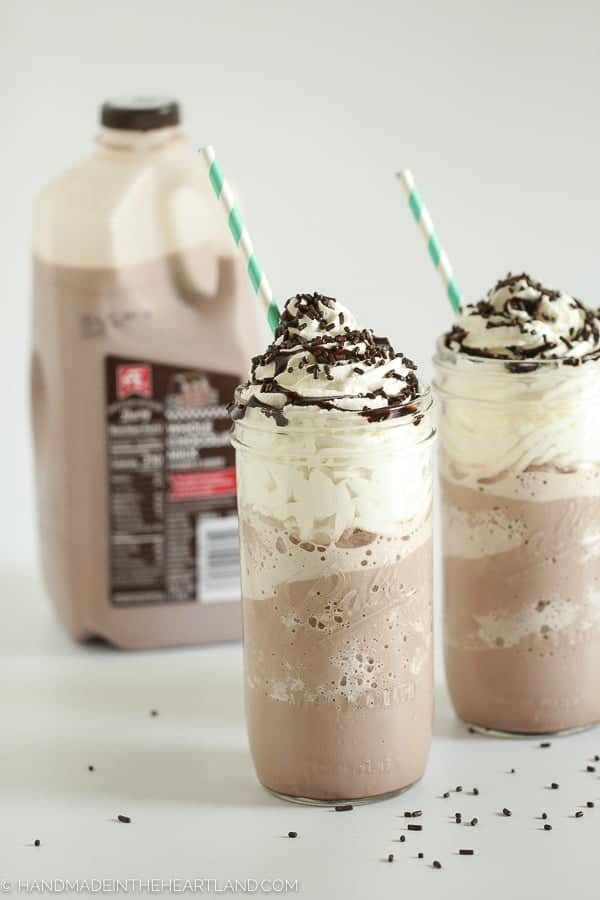 Easy recipe for making frozen hot chocolate at home!