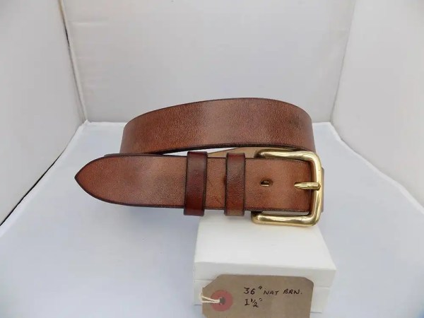"36"" Classic, Natural Brown, 1 ½"" wide, Brass West End buckle."