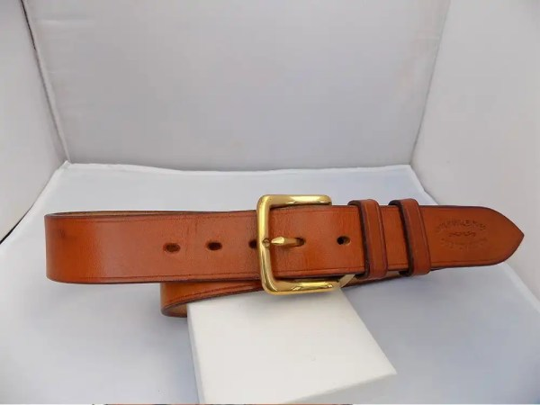 "38"" Bridle, Light Oak, 1 ½"" wide, Brass West End buckle"