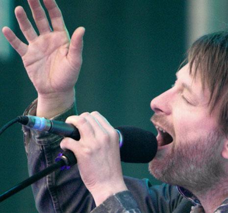 Thom York has the simian line (simian crease).