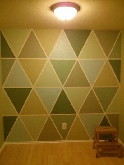 triangle mural