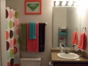Roxy Bathroom Decor Plan for Home Design