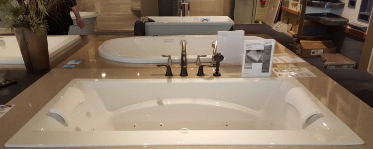 How to make your bathtub a luxury retreat