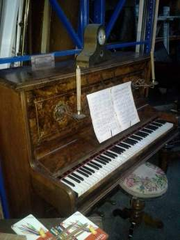 decoratieve piano