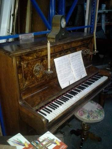 decoratieve piano