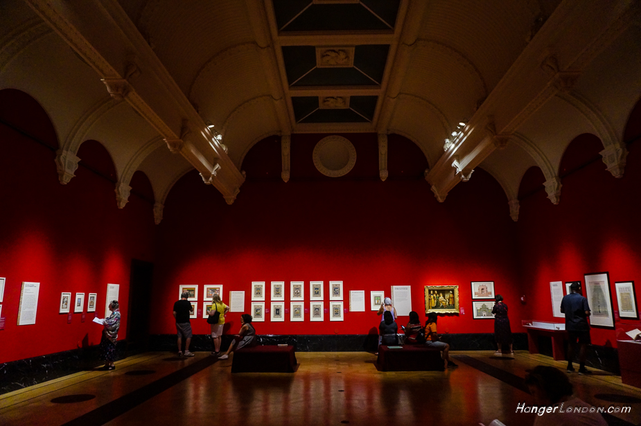 Red regal interior of the Queens Gallery Splendours of the Indian subcontinent exhibition