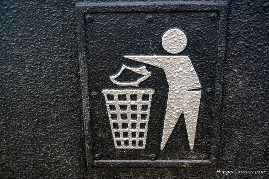 Keep britain Tidy Icon on public bins