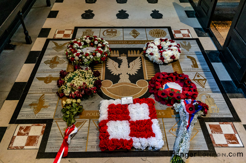 Remembrance Plaque RAF church St Clement Danes