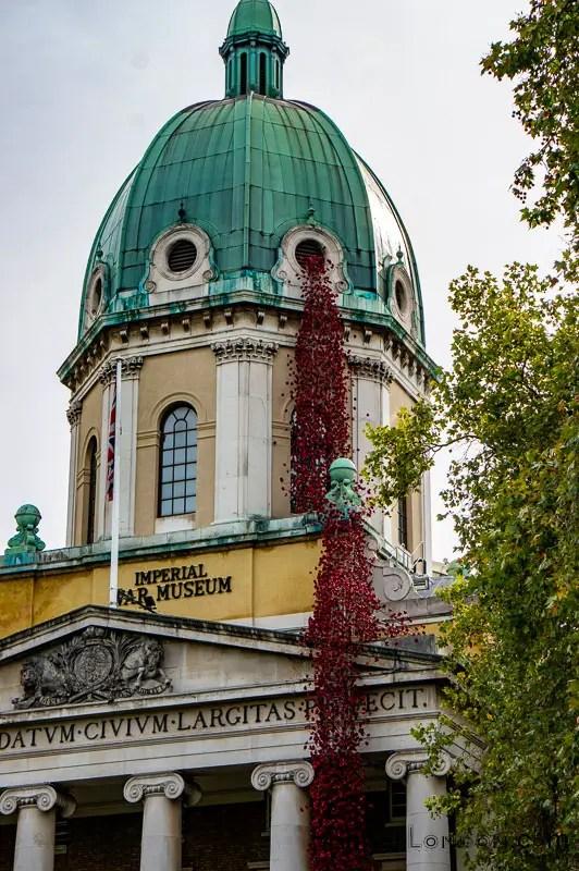 Imperial War Museum Ceramic poppies artist Paul Cummins