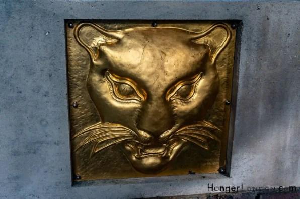 Goldmsiths Emblem Gold Leopards head