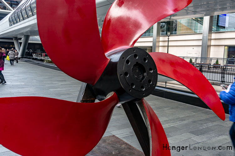 Brothers in Arms Red propellor