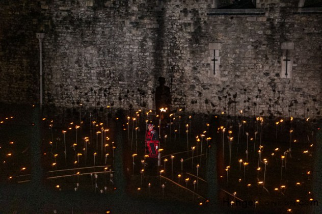 10 Thousand flames Tower of London - Remembrance End of World War One 7
