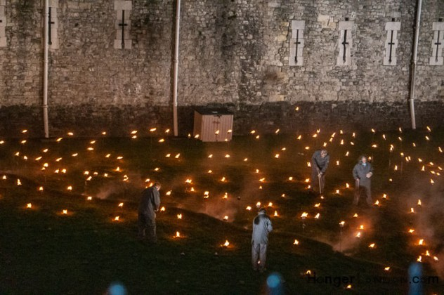 10 Thousand flames Tower of London - Remembrance End of World War One 5