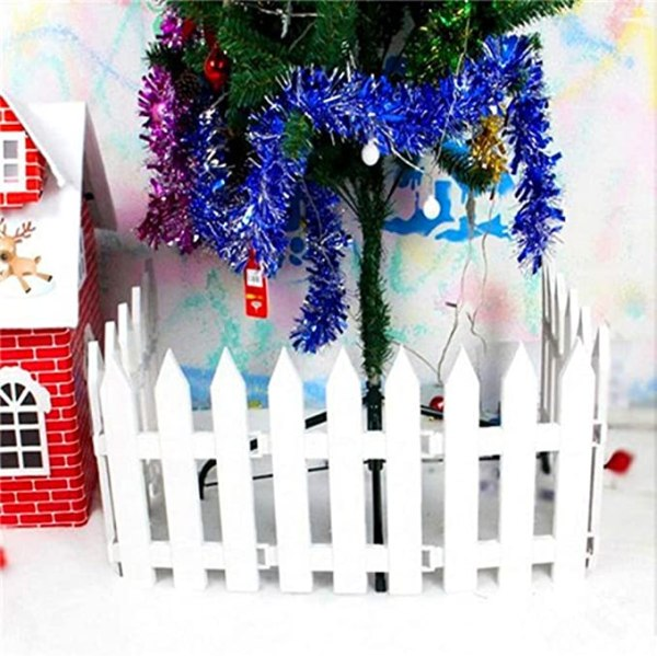 4pcs White Picket Fence Christmas Trees Decorating 1
