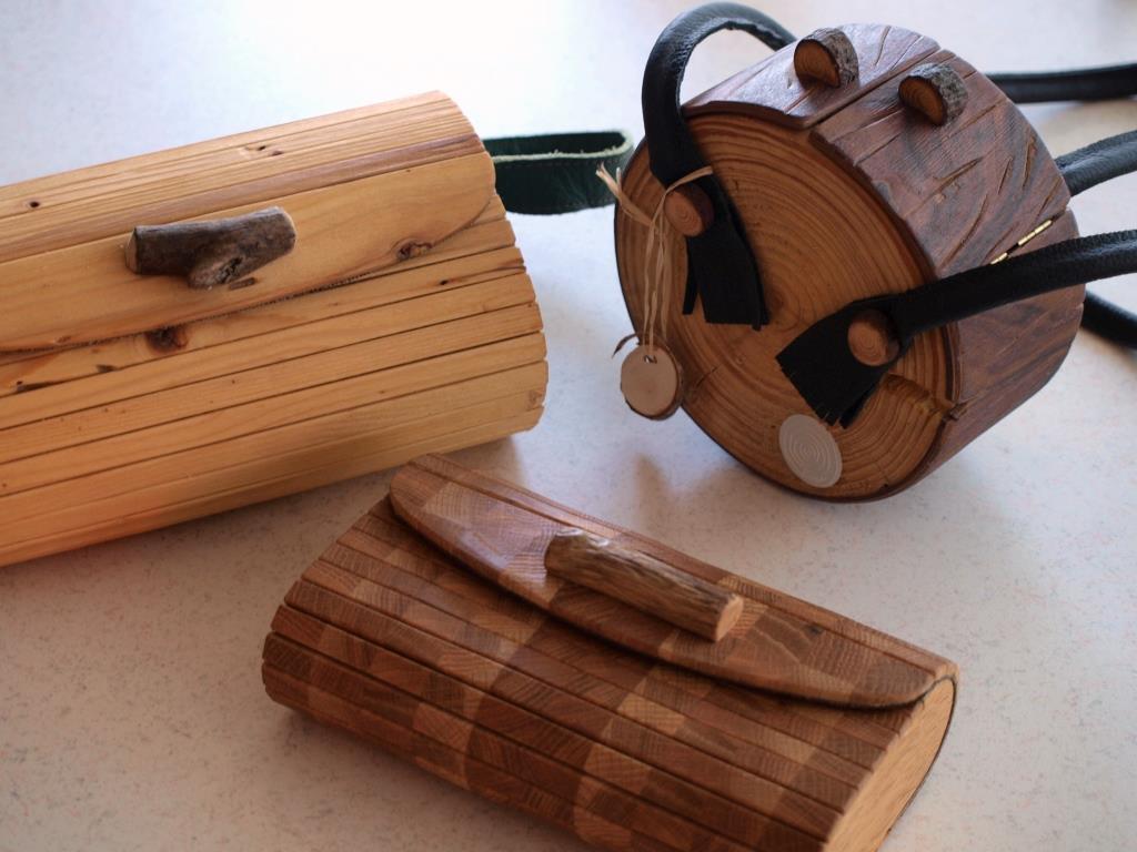 Holzhandtaschen von Neuholz