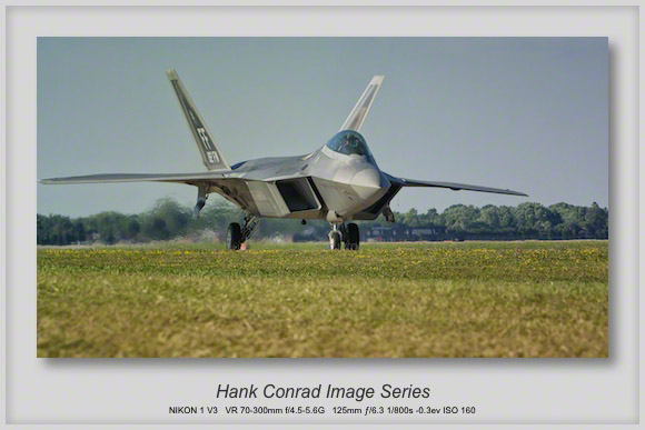 F-22 Raptor Taxiing