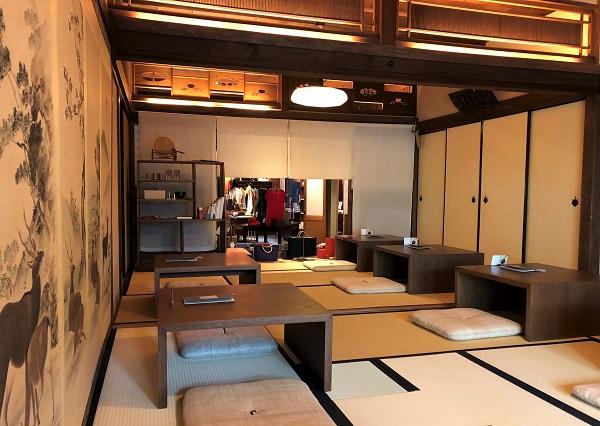 ★奈良「茶論 奈良町店」の内観