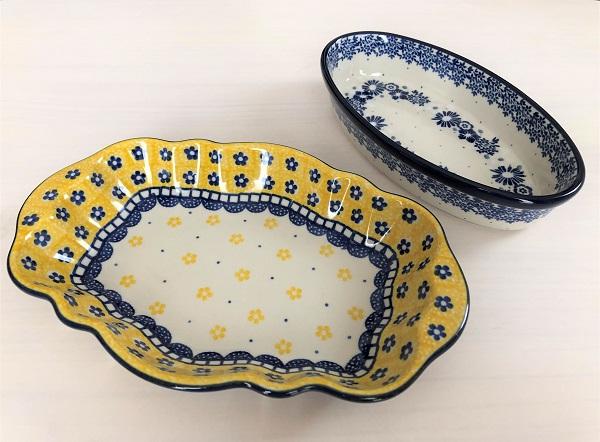 ★奈良・ポーランド陶器専門店「アレグレ」で買った、あざやかな黄色の器と、深い青の花柄の器