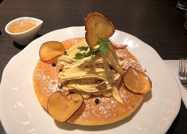 202010銀座珈琲店 数寄屋橋店で食べた季節限定「安納芋のモンブランパンケーキ