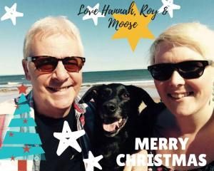 Christmas Card - 2017: My Travel Year in Review - HH Lifestyle Travel