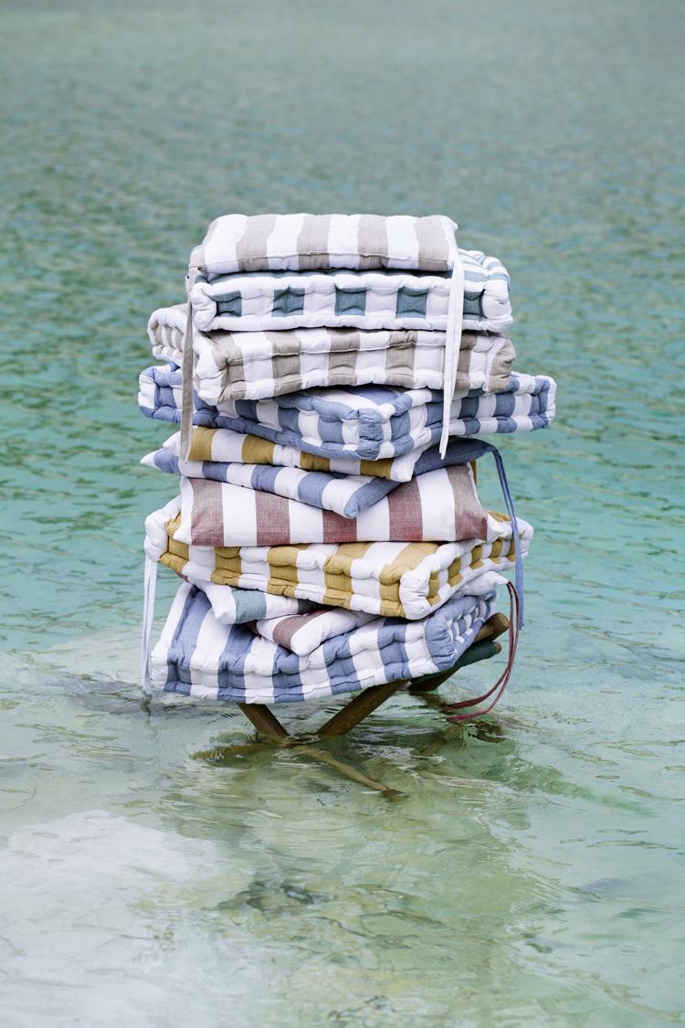 Brostec cushions