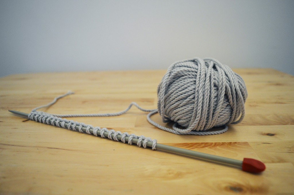 Cotton-yarn-cast-on