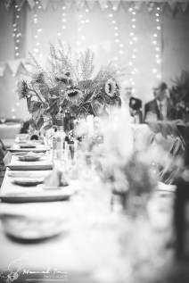 Table decorations in black & white