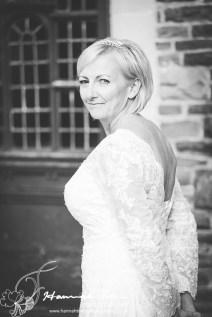 Bride portrait black & white