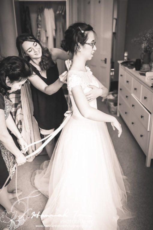 bridal prep wedding photography