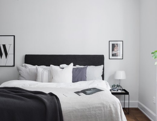 Simple and minimal scandinavian bedroom